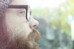 Si te has contagiado de piojos, revisa también tu barba por si han decidido alojarse allí.