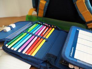 Junto con el material escolar, debes preparar también tu kit anti piojos