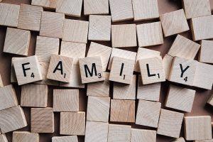 Las posibilidades de contagio de piojos aumentan en las familias numerosas