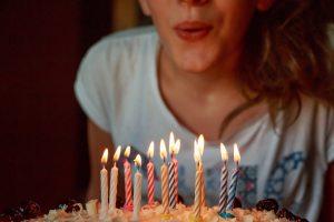 Este mes de marzo soplamos 8 velas, cumplimos 8 años luchando contra los piojos